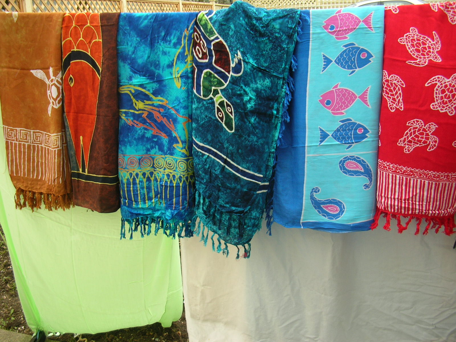 of quality-sea life-sarong, shop for sea life theme clothing, in bulk