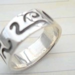 Great stamped 925 sterling silver graved snake ring
