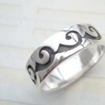 Beauty 925. stamped silver question mark ring