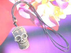 Men's fashion skull head necklace