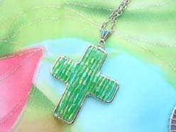 handmade jewelry beadwork pendant green cross necklace