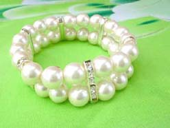 2 rows faux pearl stretchy white beaded bracelet with cz long spacer