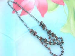 triple strands gold sand stone chip and hematite beaded necklace
