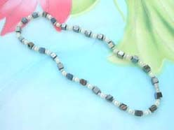 hematite-beaded-necklace010