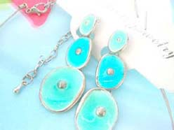 enamel cubic zirconia fashion earring and necklace jewelry set in blue leaf and oval design