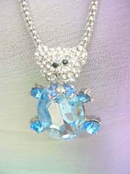 teddy bear blue crystal necklace, chain in silver color