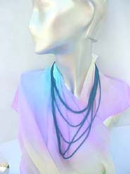high-fashion-necklace-024-closeup