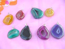semi-preciouse-stone-pendants-1