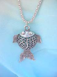 trendy-long-chain-necklaces-002pendant