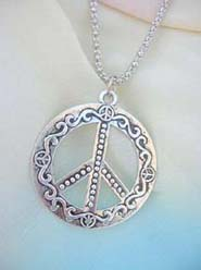 trendy-long-chain-necklaces-014pendant