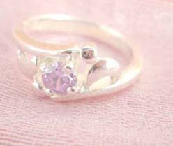 Great stamped 925 sterling silver ring with open shape holding pinky cz flower design